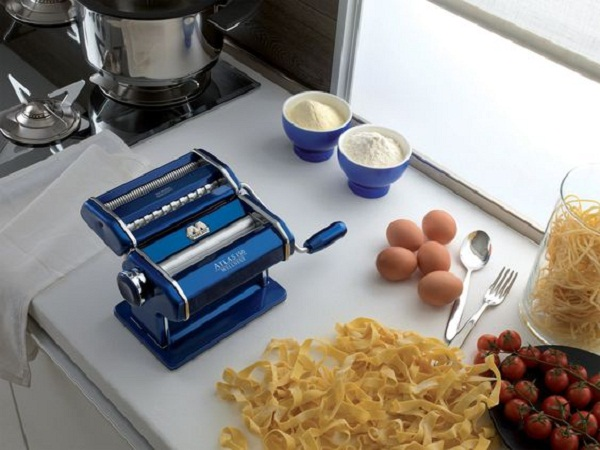 Guide to buying the best pasta maker